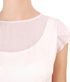 Bluza din vascoza cu garnitura din voal