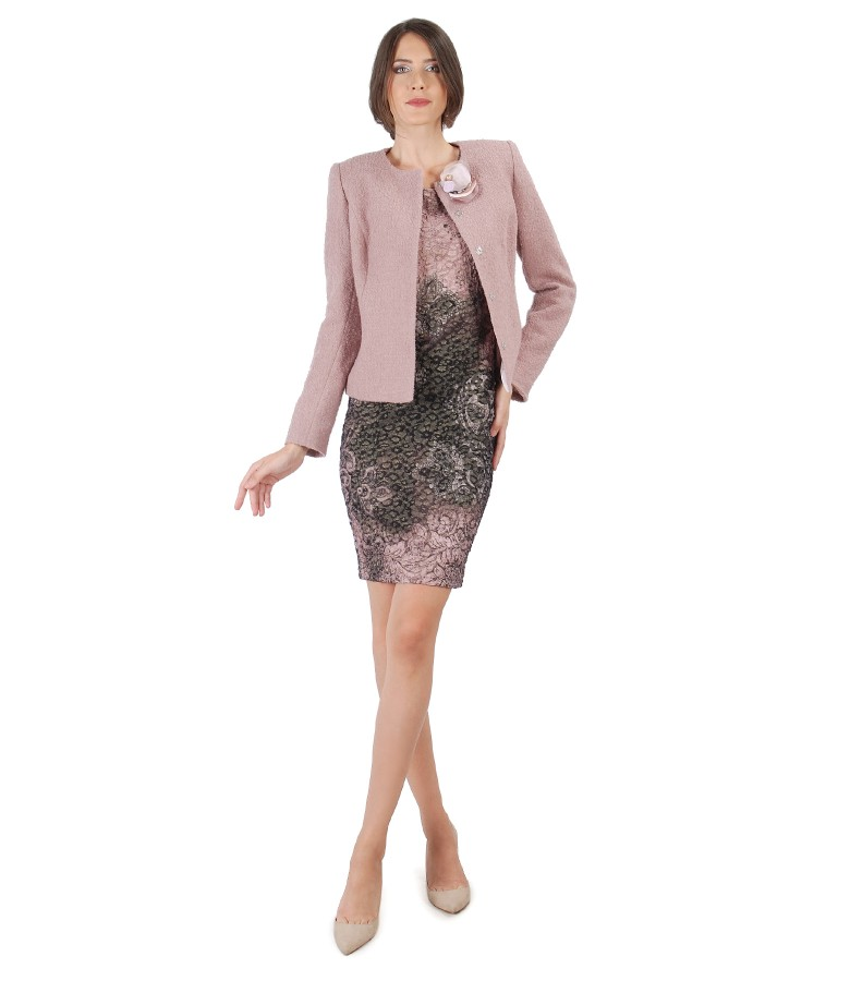 Tinuta de ocazie cu sacou cu brosa detasabila si rochie din brocart elastic