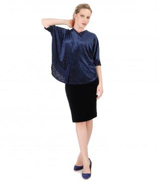 Fusta din catifea elastica neagra si bluza tip fluture