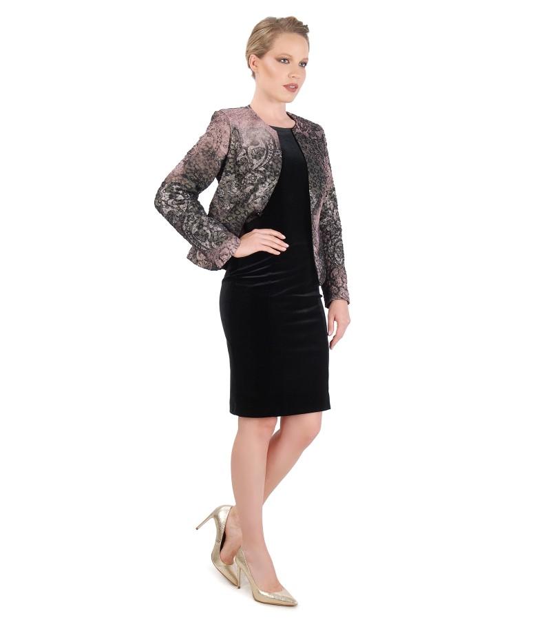 Tinuta de ocazie cu rochie din catifea elastica si sacou din brocart cu fir metalic