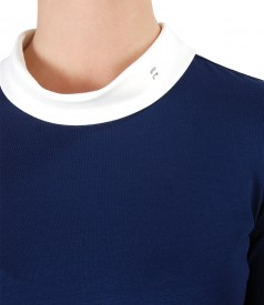Bluza din jerse elastic cu aplicatie de cristale
