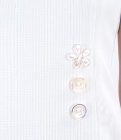 Rochie din stofa texturata cu nasturi decorativi