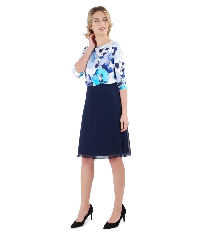 Tinuta eleganta cu bluza din jerse imprimat digital si fusta evazata din voal