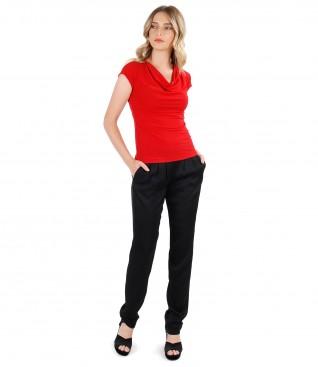 Tinuta eleganta cu pantaloni din vascoza si bluza din jerse elastic