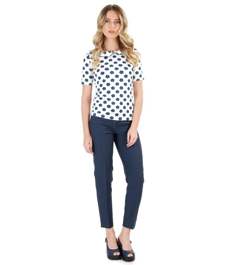 Pantaloni pana cu vascoza si bluza cu guler din jerse imprimat cu flori