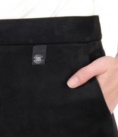 Pantaloni din stofa groasa cu aspect catifelat