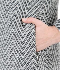 Jacheta eleganta cu buzunare cu fermoar