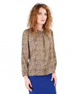 Bluza cu animal print si falduri la decolteu si aplicatie de cristale Swarovski