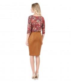 Bluza din jerse elastic imprimat cu fusta din stofa cu aspect catifelat