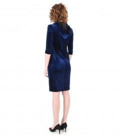 Rochie cu gluga din catifea elastica