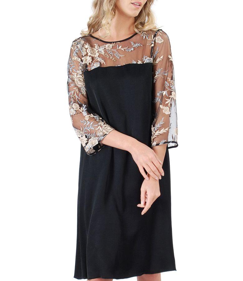 Rochie din vascoza si dantela cu motive florale