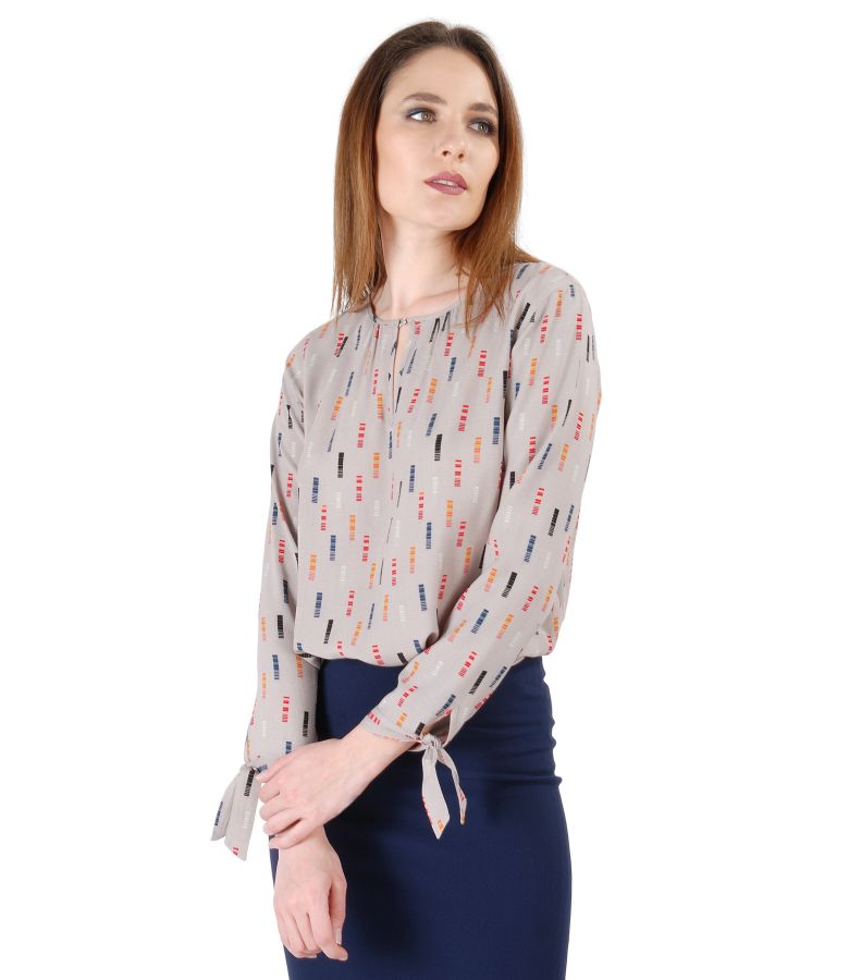 Bluza din vascoza cu maneci lungi