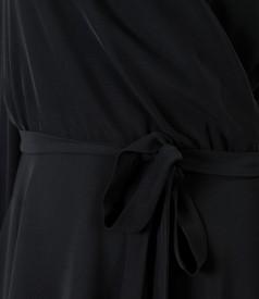 Rochie de seara cu dantela pe maneci
