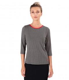 Bluza eleganta din jerse elastic imprimat