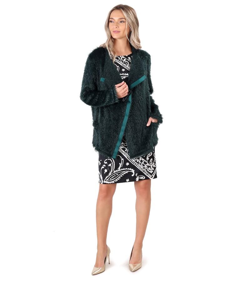 Cardigan tricotat si rochie cu fata din saten imprimat