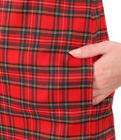 Rochie midi in carouri cu aplicatie de cristale pe decolteu