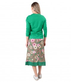Tinuta smart/casual cu rochie lunga si bluza tip hanorac