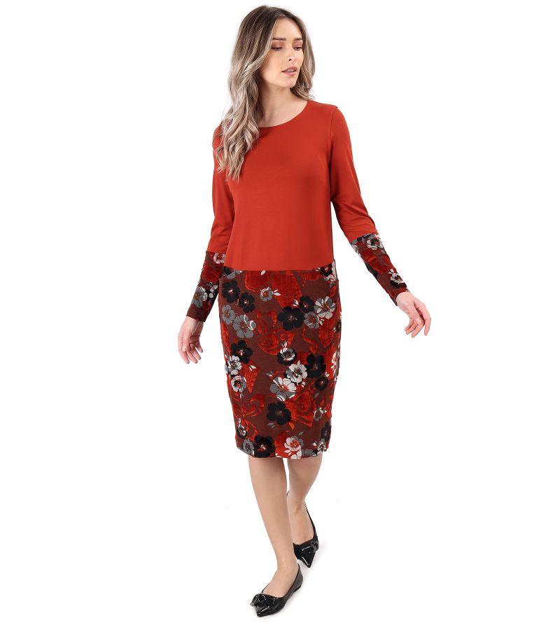 Rochie midi din jerse elastic si catifea brocata cu motive florale