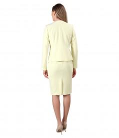 Costum dama office cu fusta si sacou cu pasmanterie la terminatii