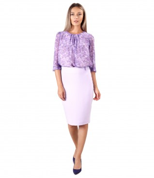 Tinuta eleganta cu bluza din voal imprimat si fusta office