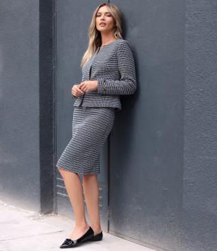 Costum dama office cu sacou si fusta din bucle cu bumbac