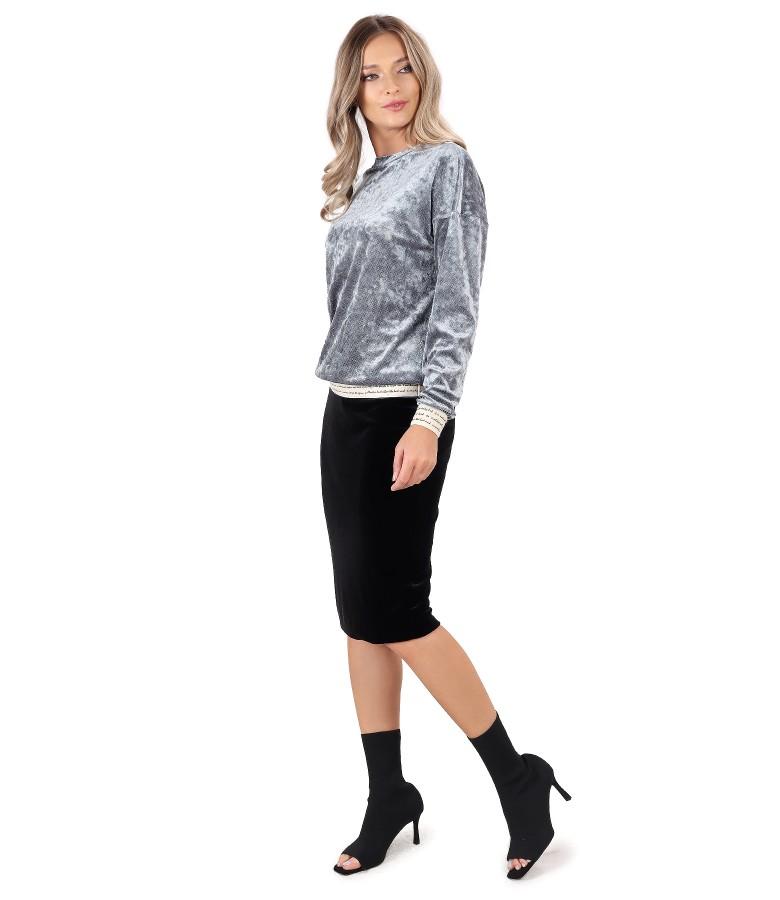 Tinuta de ocazie cu fusta si bluza din catifea elastica